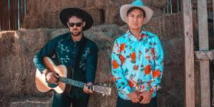 Los Necesarios se cargan al bolero en «Lo Que Dicen» su nuevo single.